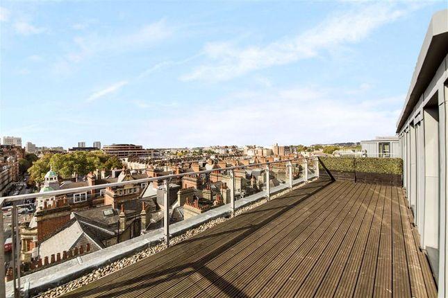 Thumbnail Flat to rent in Parkview Residence, Baker Street, Baker Street