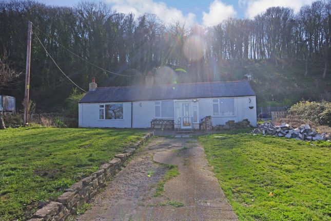 Thumbnail Cottage for sale in Tanlan, Ffynnongroyw, Holywell