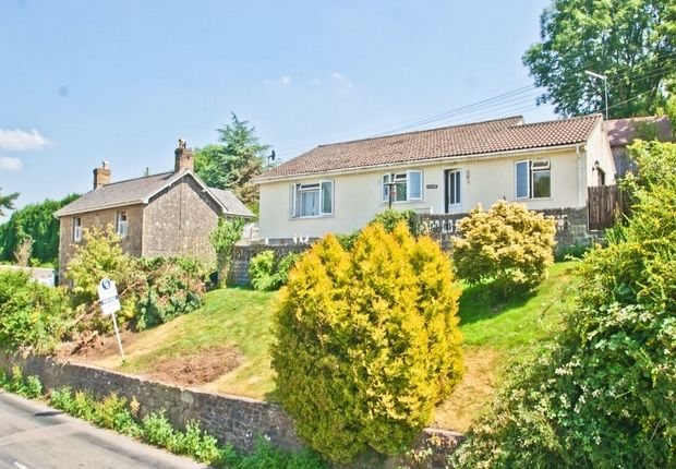 3 bed detached bungalow for sale in Mendip Road, Stoke St. Michael, Radstock