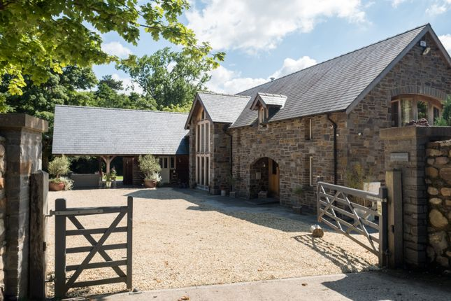 Thumbnail Property for sale in Cwm Farm Lane, Derwen Fawr, Sketty, Swansea