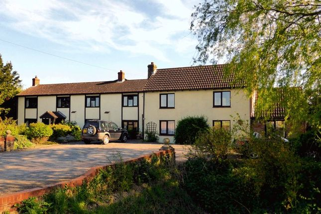 Thumbnail Country house for sale in Gorefield Road, Leverington, Cambridgeshire