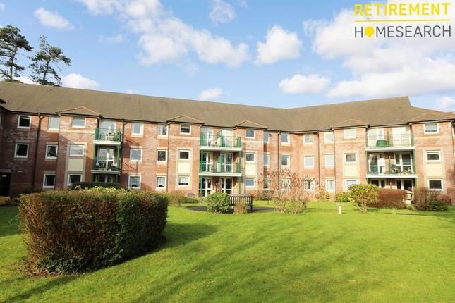Flat for sale in Mumbles Bay Court, Swansea