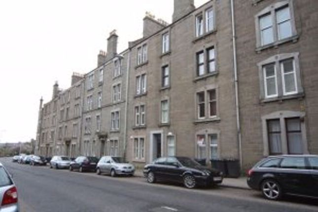 Thumbnail Flat to rent in Blackness Road, Dundee