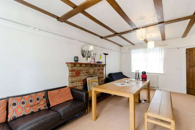 Thumbnail Detached house for sale in Springfield Road, Wallington