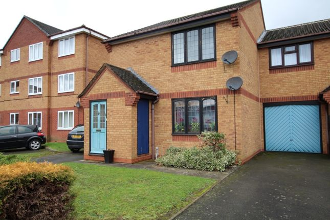 Thumbnail Flat to rent in Fontwell Road, Burton-On-Trent