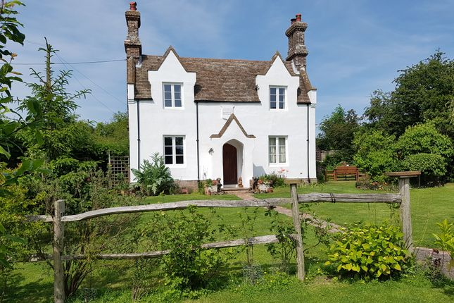 Thumbnail Detached house for sale in Main Road, Icklesham