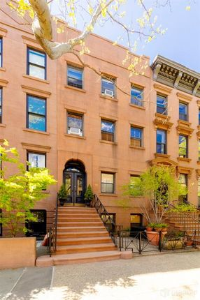 Awesome Properties For Sale In Brooklyn Borough Brooklyn New York Download Free Architecture Designs Terchretrmadebymaigaardcom