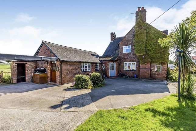 Thumbnail Semi-detached house to rent in Holmes Chapel Road, Sproston, Crewe