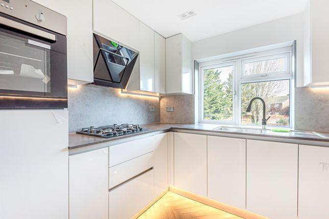 Thumbnail Flat for sale in Link Road, Friern Barnet, London