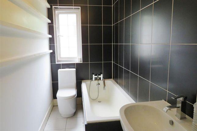 Bathroom of Upton Hill, Torquay TQ1