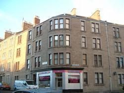Thumbnail Flat to rent in Strathmartine Road, Dundee