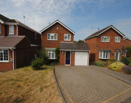 Detached house in  Windsor Avenue  Leighton Buzzard  Milton Keynes