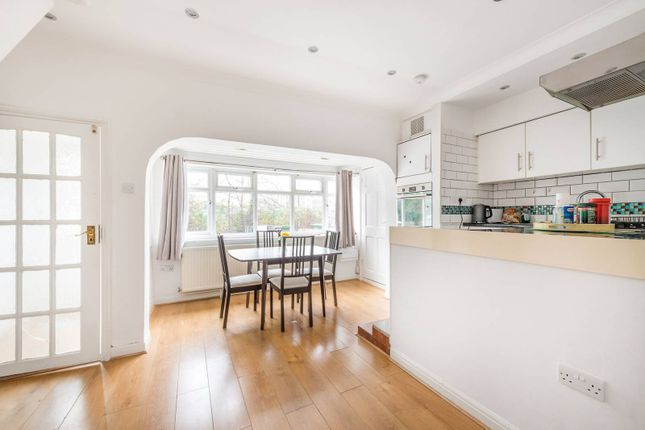 1 bed semi-detached house for sale in Wyndham Crescent, Hounslow TW4
