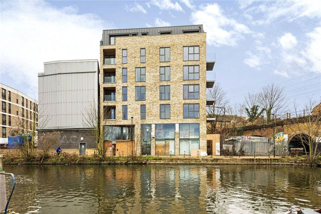 Picture No. 10 of Hunts Wharf, Leaside Road, London E5