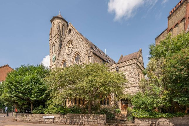 Thumbnail Flat to rent in Cloisters Court, Highgate, London