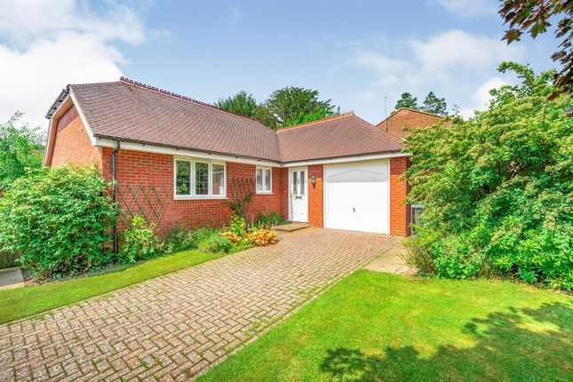 Thumbnail Detached bungalow for sale in The Meadow, Copthorne, Crawley