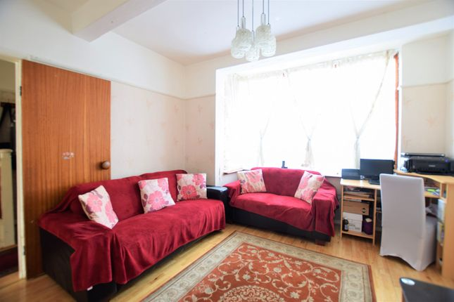 Thumbnail Terraced house for sale in Sherwood Avenue, Streatham