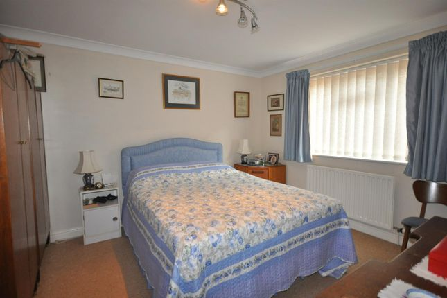 Bedroom Two of Beacon Hill Road, Newark NG24