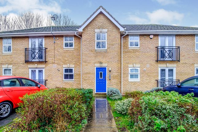 2 bed flat for sale in Harriet Drive, Rochester, Kent ME1