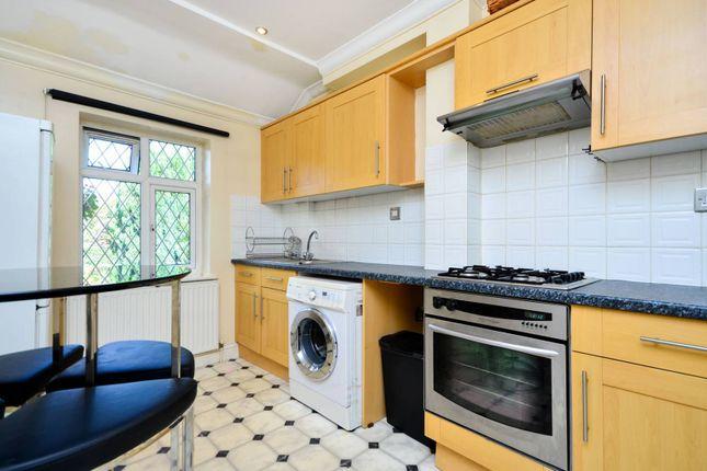 Thumbnail Studio to rent in Albemarle Road, Beckenham
