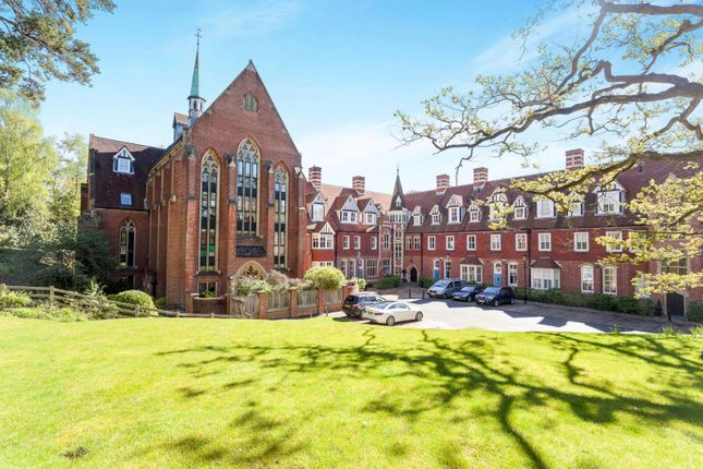 Thumbnail Flat to rent in Chapel Heights, Bolnore Road, Haywards Heath