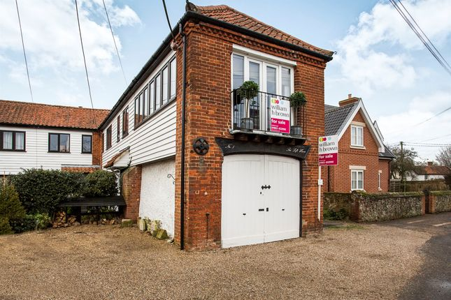 Thumbnail Town house for sale in White Hart Street, East Harling, Norwich