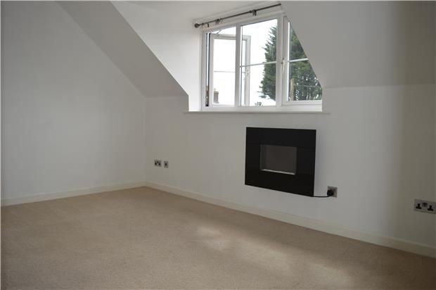 Thumbnail Flat to rent in West Road, Midsomer Norton, Radstock, Somerset