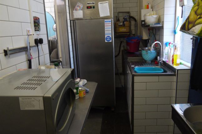 Photo 2 of Fish & Chips BD13, Queensbury, West Yorkshire