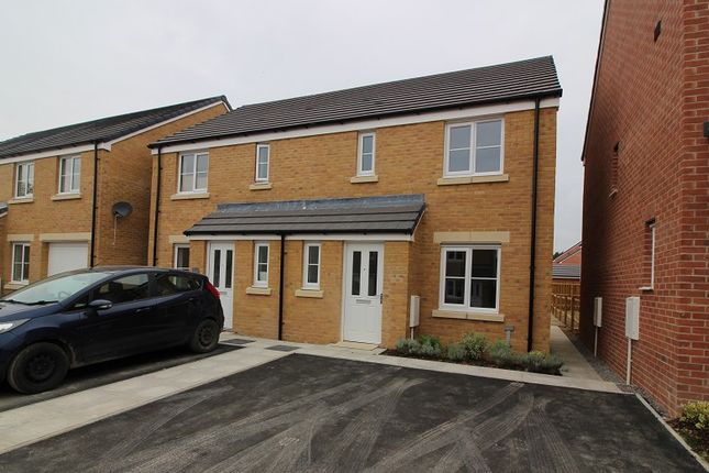 Thumbnail Semi-detached house to rent in Fford Cadfan, Brackla, Bridgend.