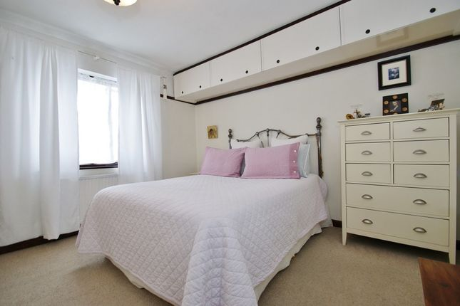 3 bed terraced house for sale in Sunningdale Avenue, London