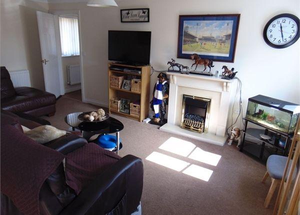2 Bedroom Flat For Sale 44917964 Primelocation