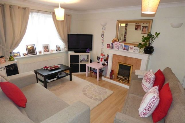 Thumbnail Detached house to rent in Stornaway Road, Langley, Berkshire
