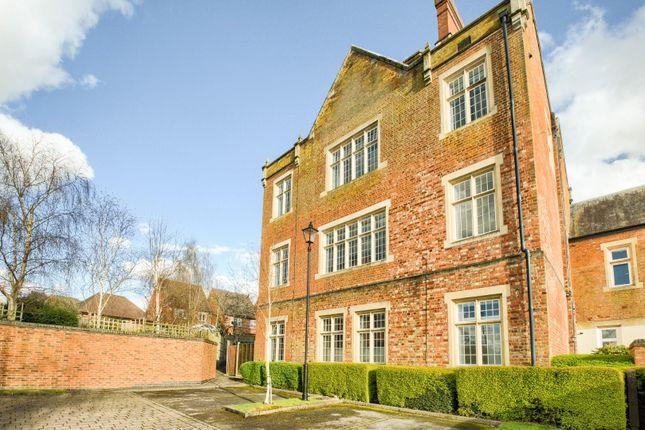 Thumbnail Flat for sale in Tredington Park, Hatton Park, Warwick
