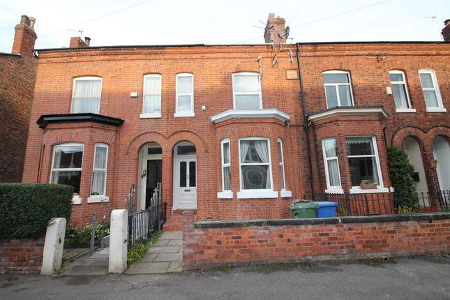 4 bed terraced house to rent in Roseneath Road, Urmston, Manchester M41