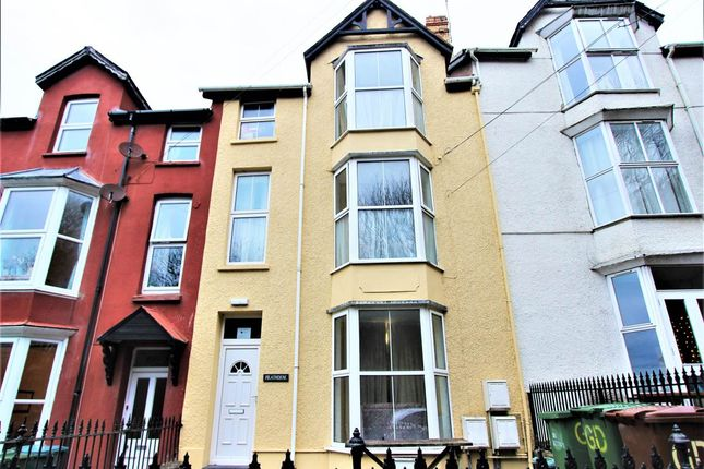 3 bed property to rent in Middle Floor Flat, Heathdene, Cliff Terrace, Aberystwyth SY23