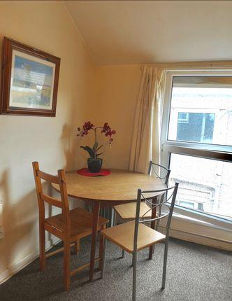 Thumbnail Room to rent in 21 Richardson Street, Swansea