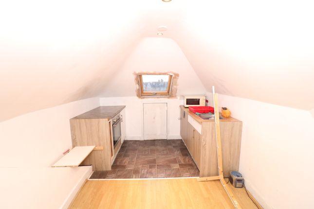 Studio to rent in Goodmayes Lane, Ilford