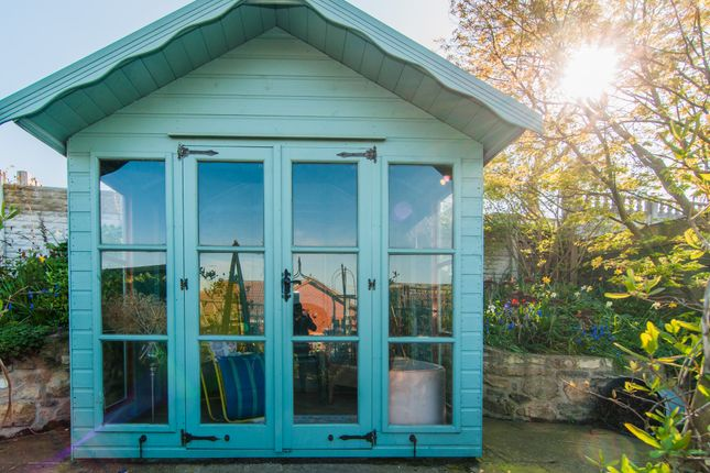 Summerhouse of Rockcliffe Close, Wadworth, Doncaster DN11