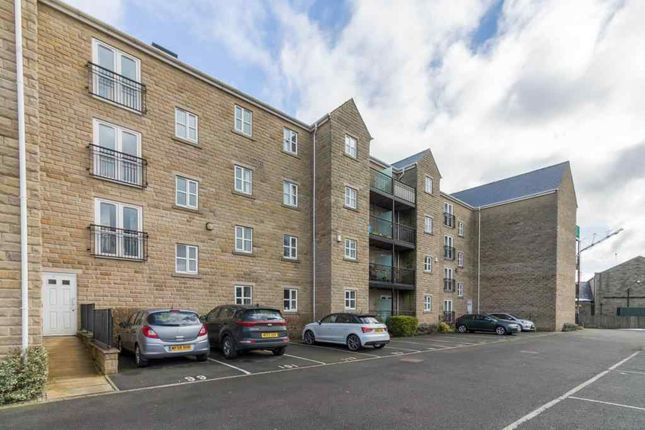 Thumbnail Flat for sale in Longfellow Court, Mytholmroyd, Hebden Bridge