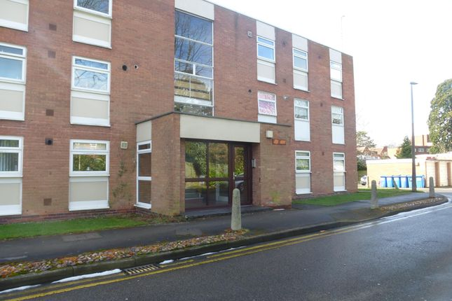 2 bed flat to rent in Touchwood Hall Close, Solihull