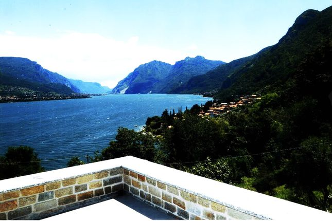 2 bed villa for sale in Oliveto Lario, Bellagio, Como, Lombardy, Italy