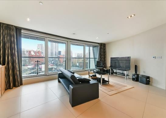 Thumbnail Flat to rent in Bezier Apartments, The City, London