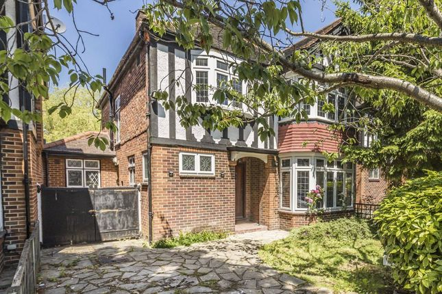 Thumbnail Detached house to rent in Baronsmede, London