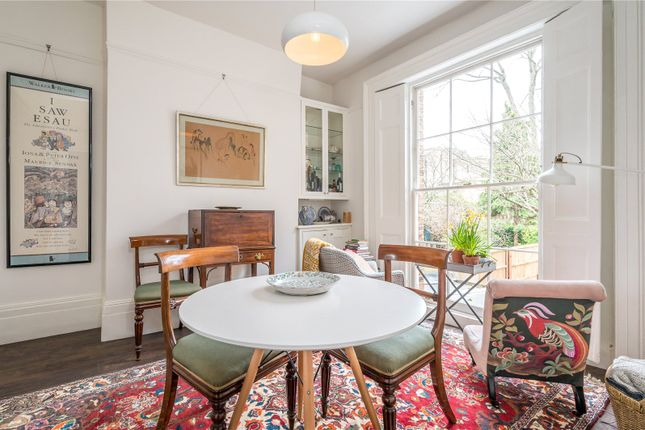 Reception Room of Southgate Road, London N1