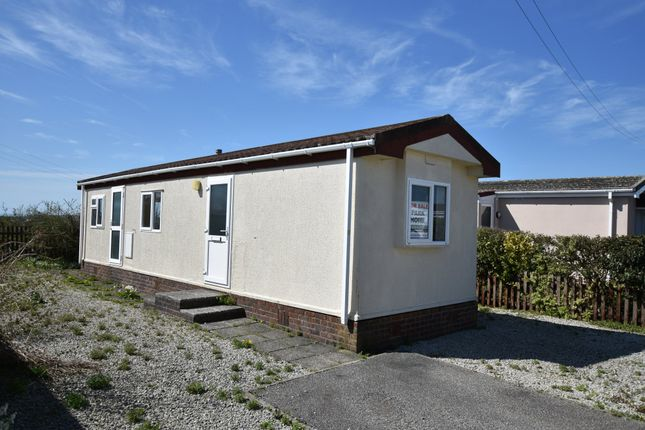 Thumbnail Mobile/park home for sale in Tremarle Home Park, North Roskear