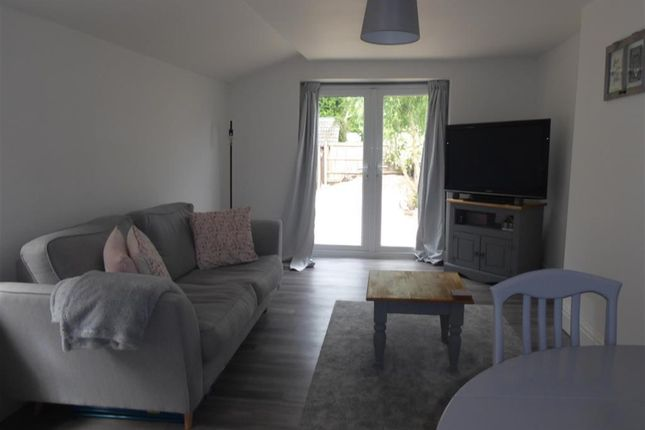 Thumbnail Flat for sale in Ainslie Street, Grimsby