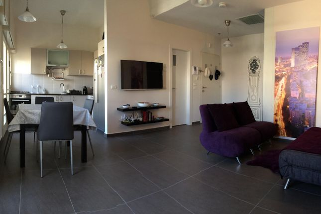 Thumbnail Apartment for sale in Neve Tsedek/Rotschild - Tel Aviv, Lilienblum St - Tel-Aviv, Israel
