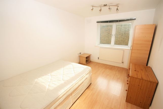 Thumbnail Flat to rent in Campbell Road, London