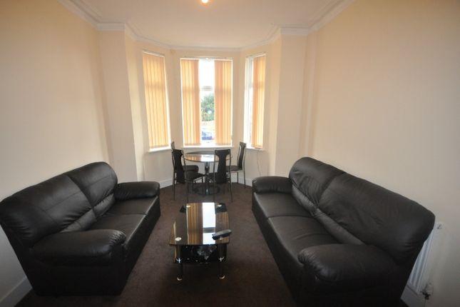 Room to rent in Weaste Lane, Salford M5