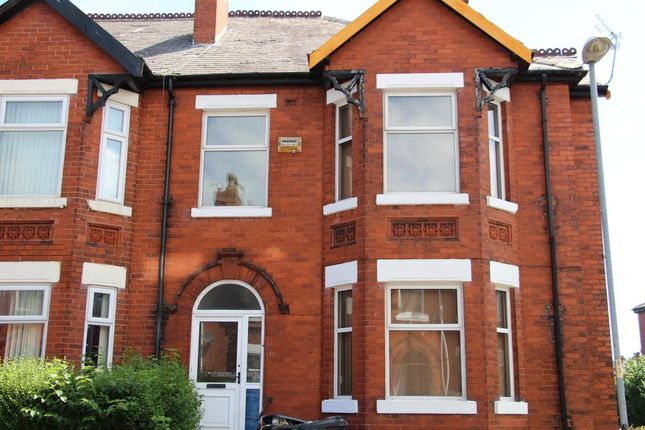 Thumbnail Property to rent in Harley Avenue, Manchester